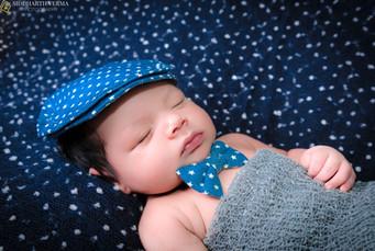 Newborn Baby photography in Delhi Gurgaon Noida .jpg