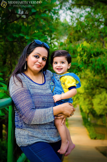 Family Photo shoot in Delhi Noida Gurgaon.jpg