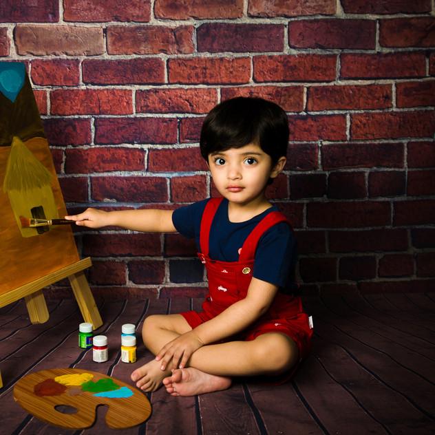 Painter theme Baby photo session in Delhi Gurgaon Noida.jpg