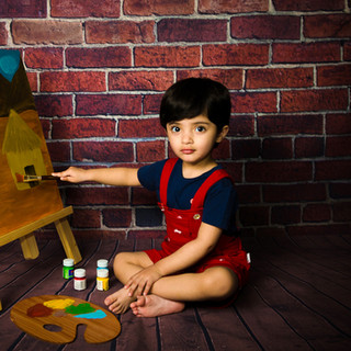 Painter theme Baby photo session in Delhi Gurgaon Noida.jpg