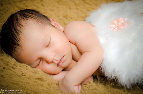 Newborn baby photography in Delhi Noida Gurgaon (1).jpg
