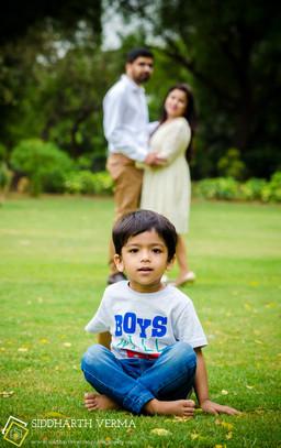 Family Photo shoot in Delhi Noida Gurgaon  (4).jpg
