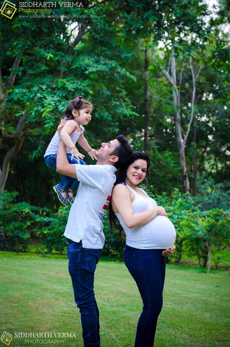 Best Maternity Photographer in Delhi Noida Gurgaon NCR.jpg