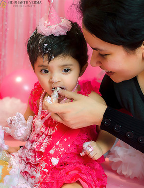 Cake Smash photography in Delhi Noida Gurgaon (8).jpg
