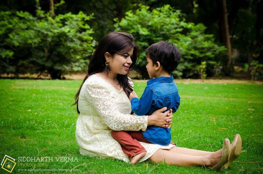 Best Baby and Family outdoor photoshoot in Delhi NCR.jpg