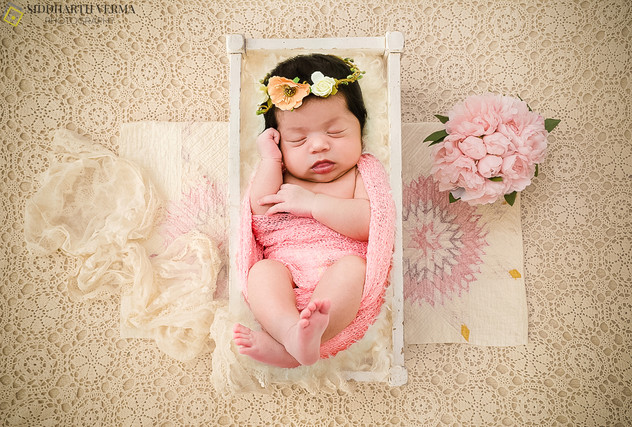 Newborn baby photography in Delhi Noida Gurgaon _.jpg