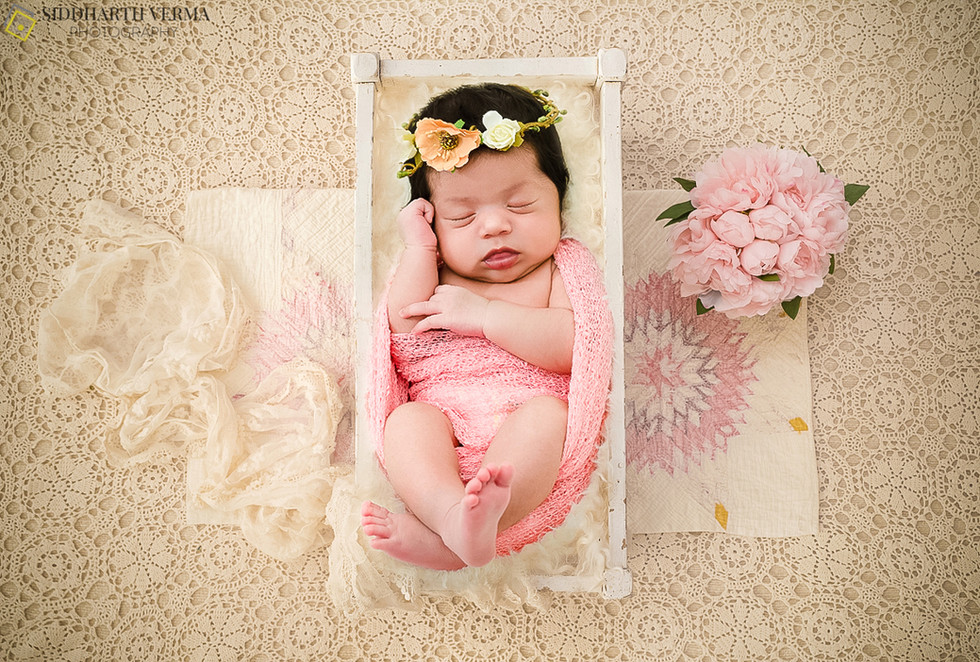 Newborn baby photography in Delhi Noida Gurgaon _.jpg