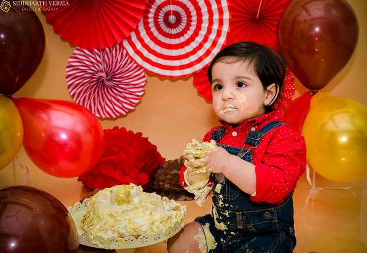 Cake Smash Photography in Delhi Gurgaon Noida NCR (2).jpg