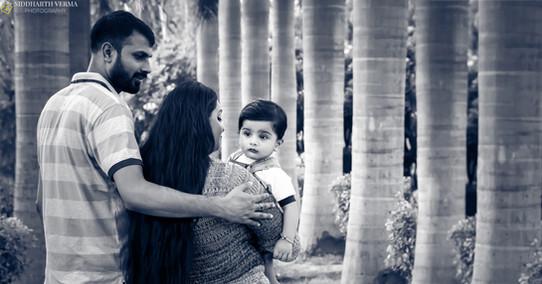 Family Photo shoot in Delhi Noida Gurgaon .jpg