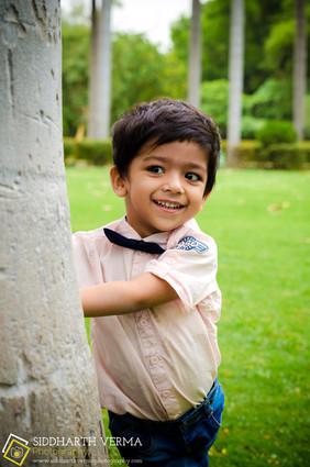 Outdoor Baby photo session in Delhi Gurgaon Noida NCR.jpg