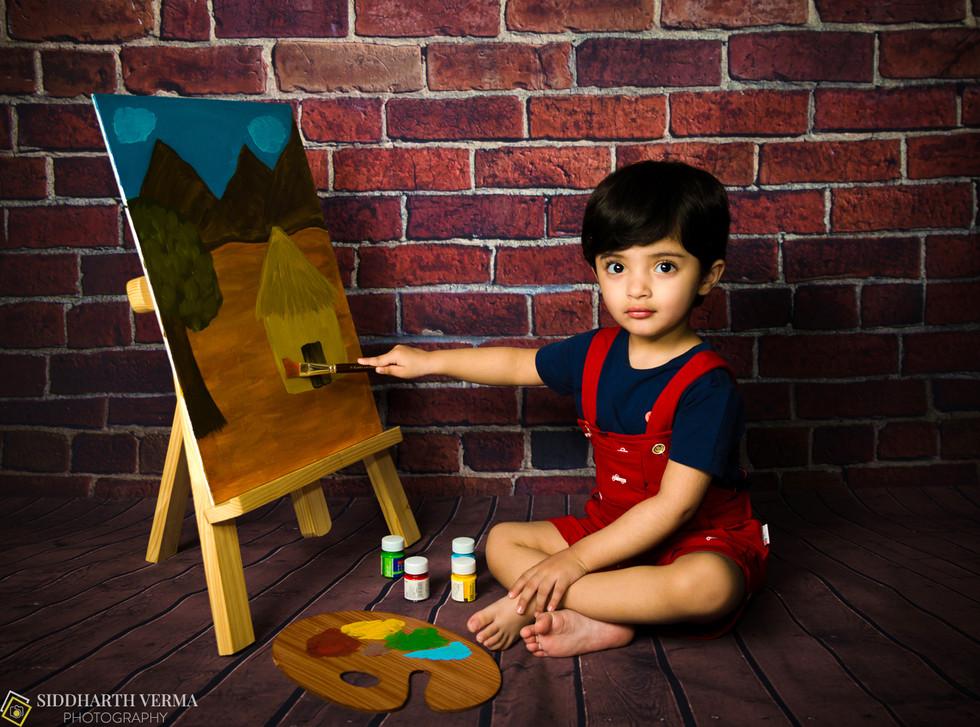 Artist theme baby photo session in Delhi NCR.jpg
