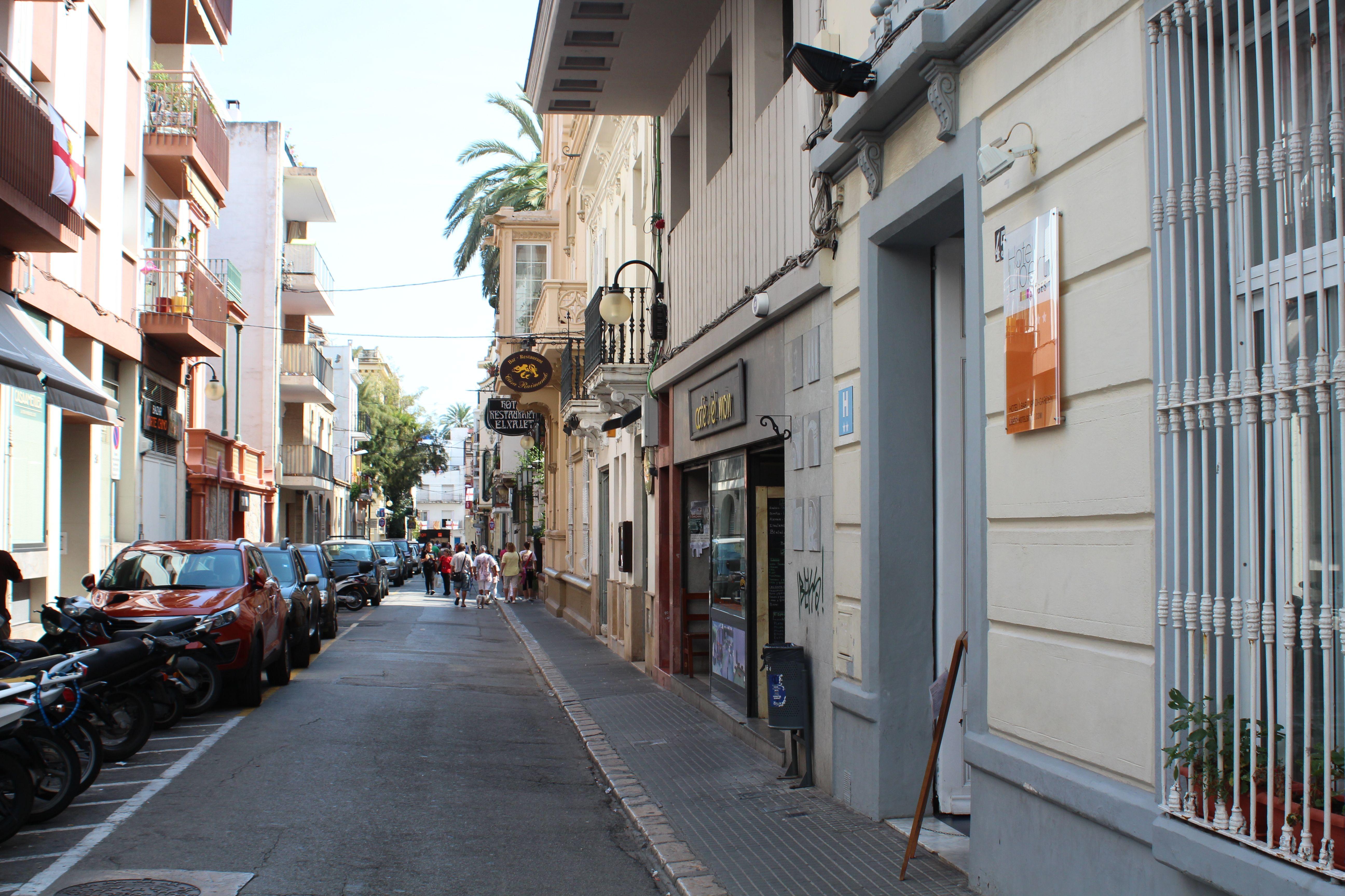 Hotel-Street Calle Isla de Cuba