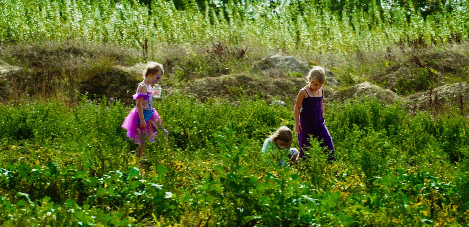 Permatopia børn i det grønne