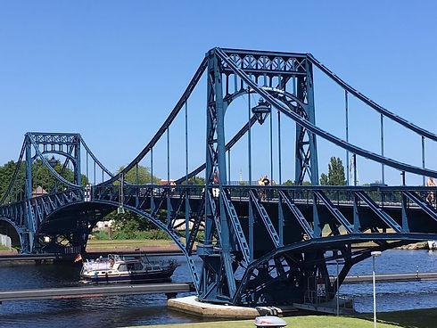 Wilhelmshaven, Kaiser Wilhelm Brücke, Südstrand, Nordsee, Jadebusen, Marine, Jade Weser Port, Urlaub an der Nordsee