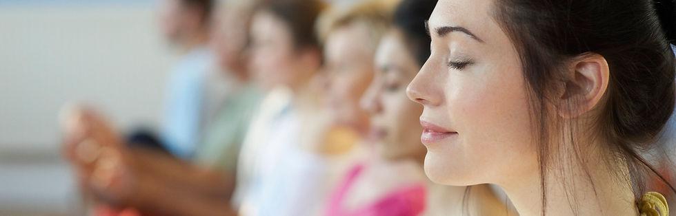 MEDITAÇÃO RÁSHUAH - O objetivo principal da Meditação Ráshuah é o autoconhecimento obtido do entendimento de como atuamos fisicamente, mental e emocionalmente. O diferencial das técnicas, além de simples e combaterem o estresse físico, emocional e mental, é que são utilizadas como ferramentas para o autoconhecimento, e principalmente se adaptam a nossa forma de vida cotidiana.