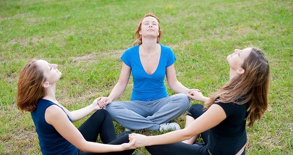 Encontro aberto de Meditação OM Ráshuah - Encontros semanasi em nossas unidades. Venha meditar conosco!