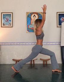 Yoga Ráshuah - Tudo o que os exercícios de yoga tradicionais podem oferecer, com a forma de auto observação, meditação e autoconhecimento Ráshuah tem de exclusivo