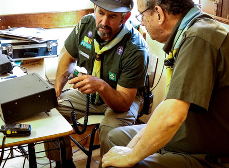 Escoteiros participam de concurso nacional de Radioamadorismo