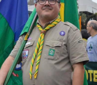 Retorno ao grande acampamento Adriano da Silva