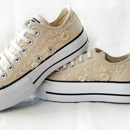 Low Top Full Embroidery Converse