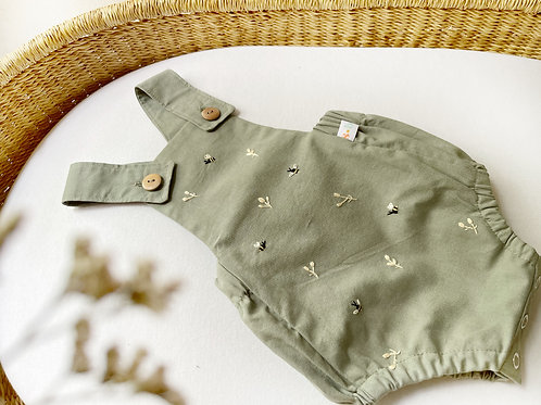 Broderie Olive Green