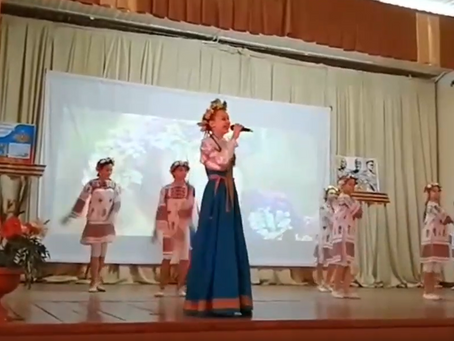 Воспитанники объединений отметили День народного единства творческими выступлениями