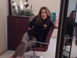 Stylist Saturday: Kathy (2020 Holiday Attire)