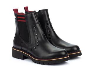 Boot season!                    Buy of the Week: Carly