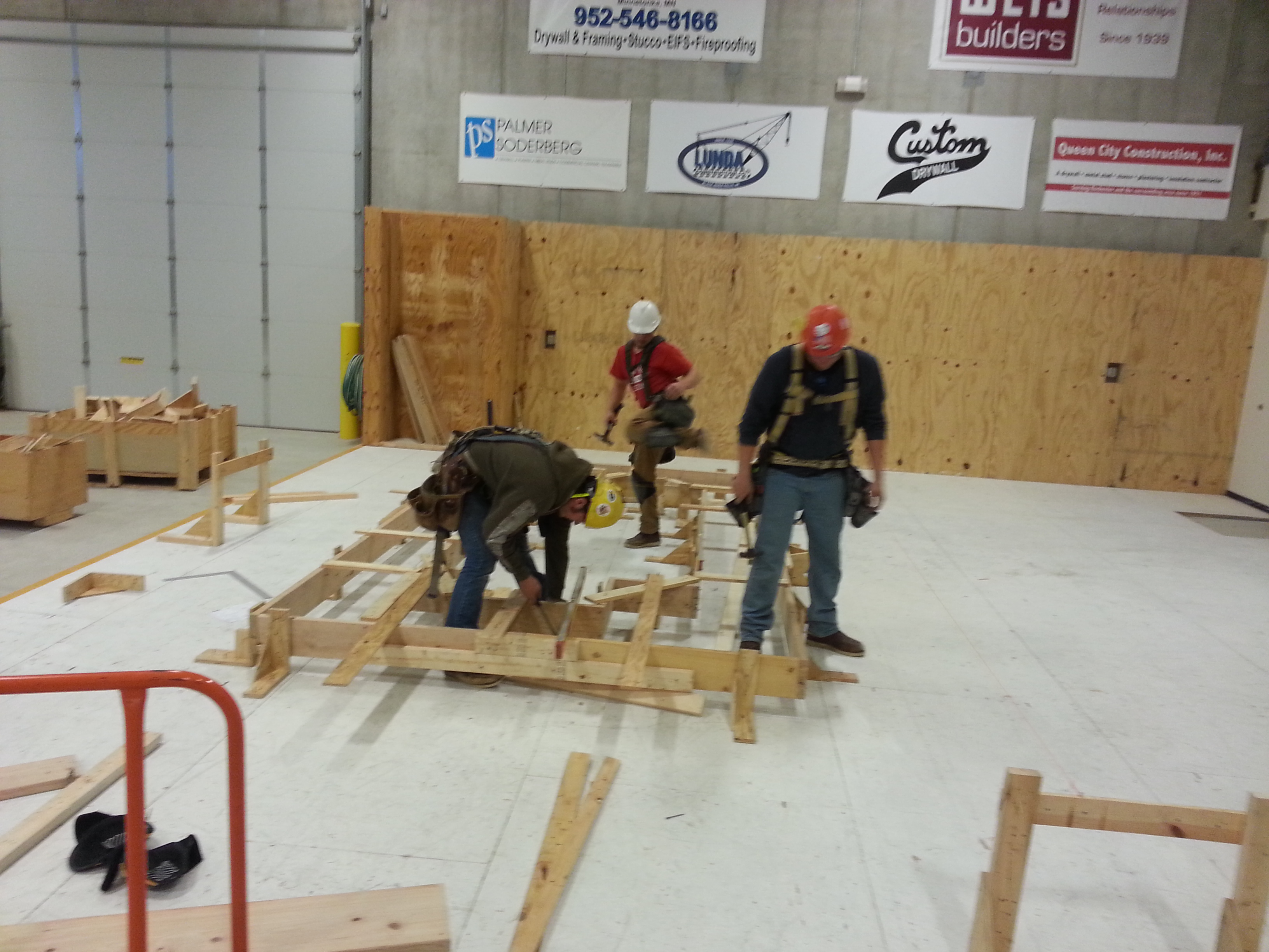 Apprentices during a framing class