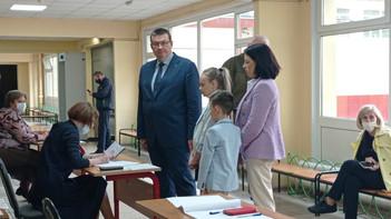 Депутат Московской областной Думы Андрей Голубев проголосовал на предварительном голосовании