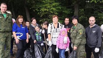 В деревне Базарово прошел субботник