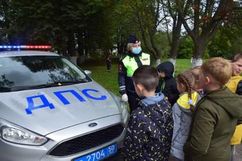 Урок безопасного движения в городе провели сотрудники Госавтоинспекции