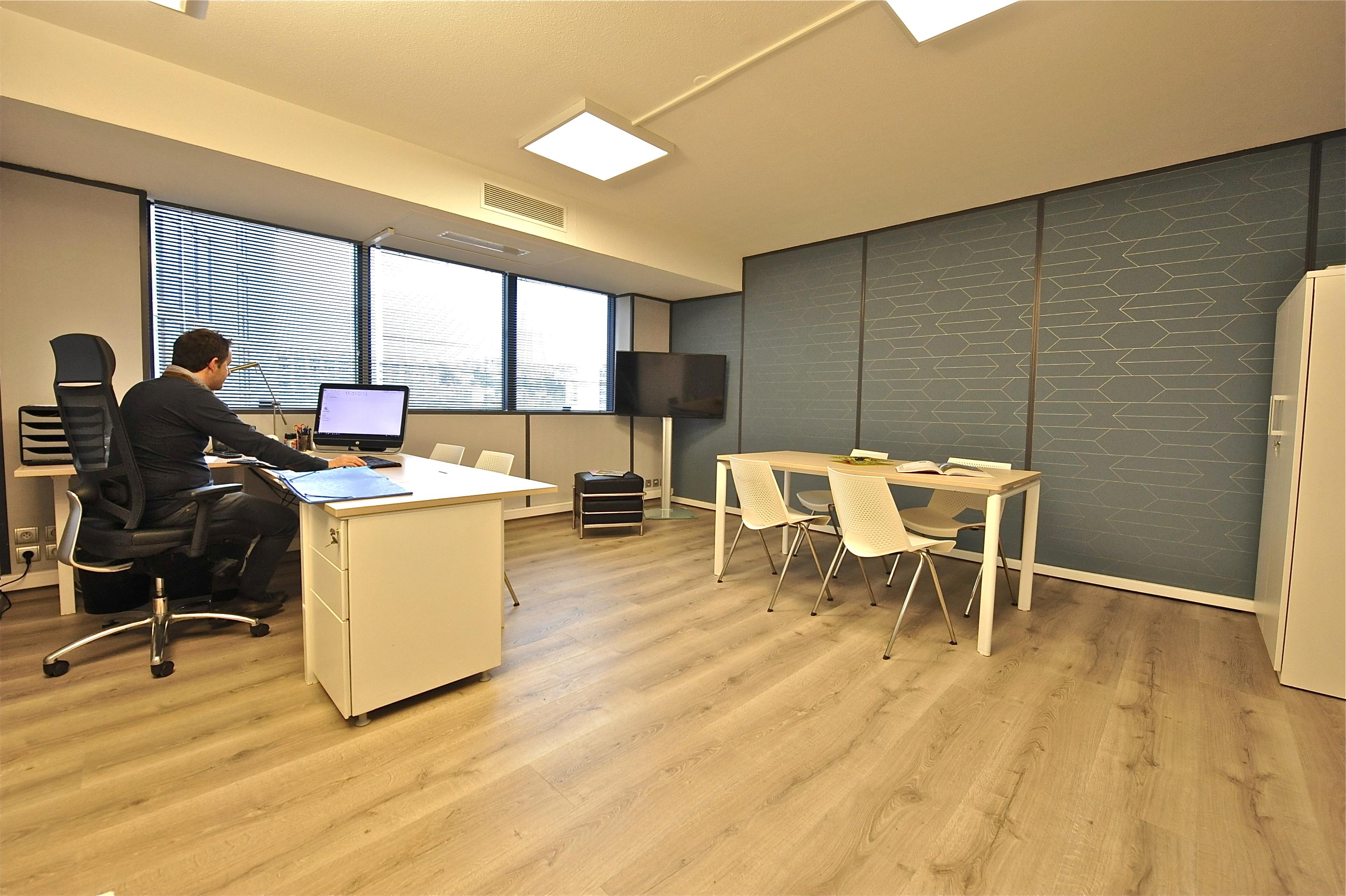 Bureau / Salle réunion - APRES