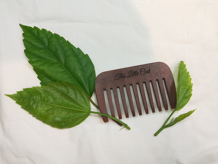 Ozwood Wide Tooth Detangling Comb