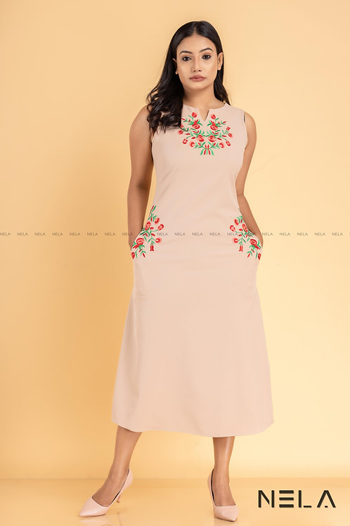 MAXI DRESS - EMBROIDERED