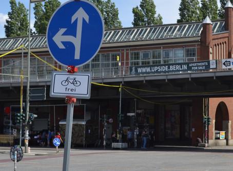 Berlin Kiosk Blues On A Holiday