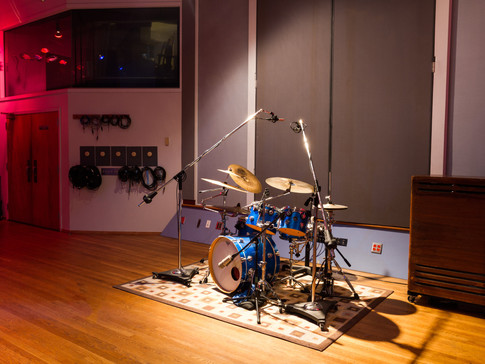 Drum-Spotlight-2.jpg