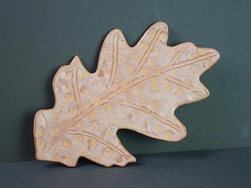 Ceramic Oak Leaf - tan matte