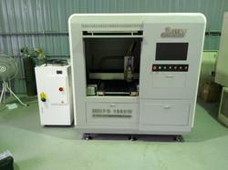 交通大學-德國IPG 1000瓦光纖雷射精密切割機