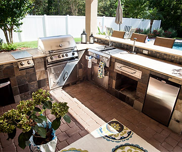 outdoor kitchen contractors