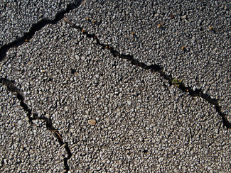 3 Tips To Increase The Lifespan Of Asphalt Pavement
