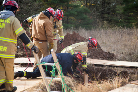 Trench Rescue Training-0024.jpg