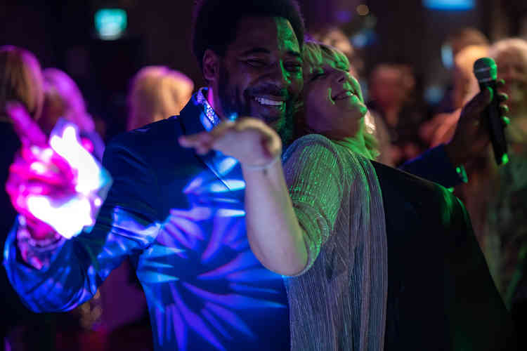 Brilliant Barry White Tribute Singer Performing in Middlesbrough with a packed audience. Music supplied with a DJ Disco Package