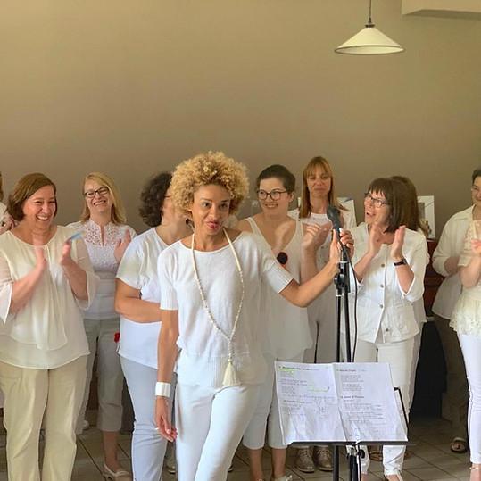 Chorale Survocal  En entreprise Maison des parents (Suresnes) Concert day © Fabienne Achard