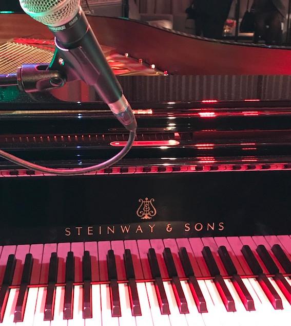 So&So piano Steinway