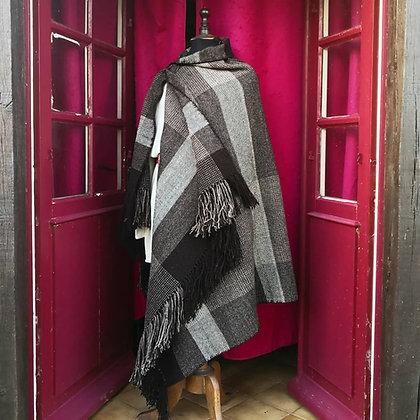 Sayon Gaulois 100% laine couleurs naturelles.