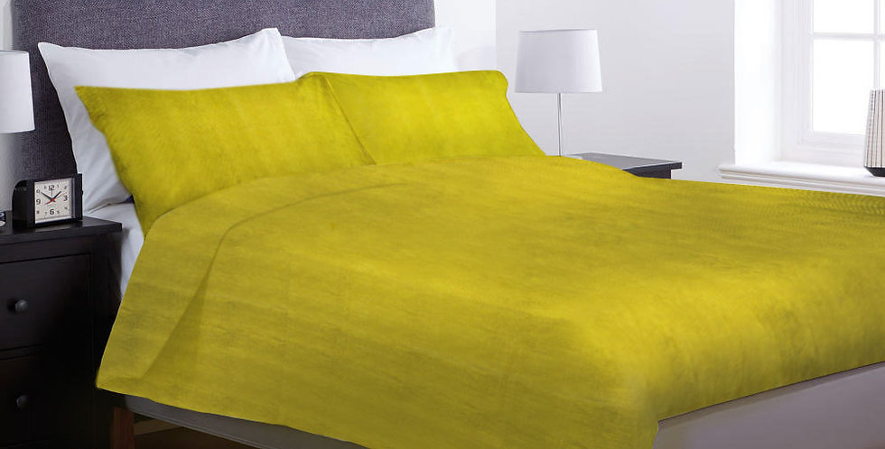 Home Collection bed linen, king size bed cover with two pillow covers.