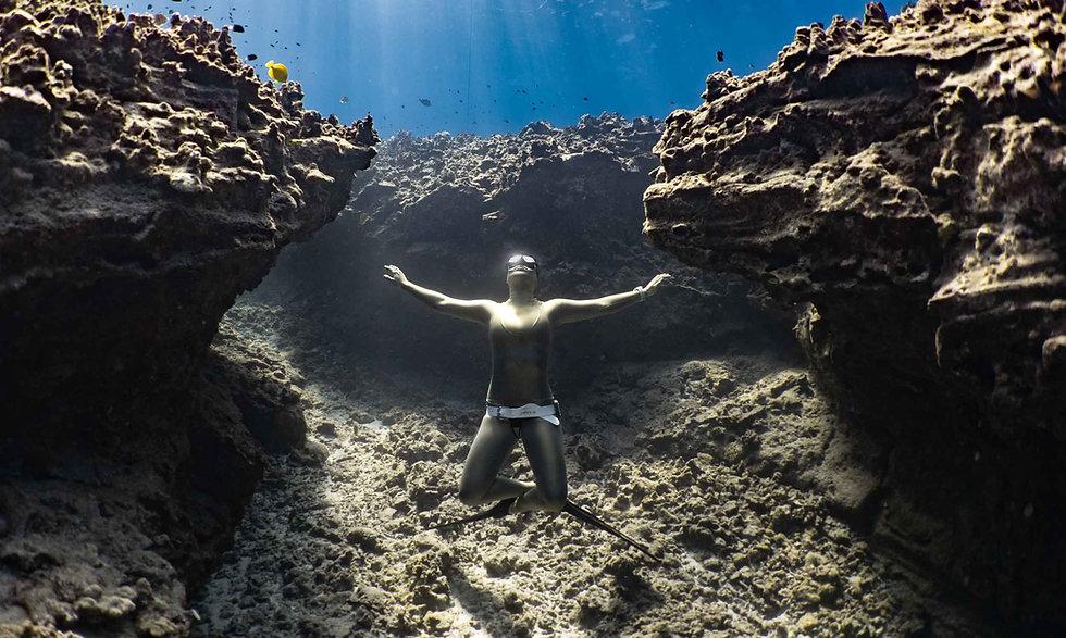 Freedive-Hawaii-with-Kona-Freedivers-2.j