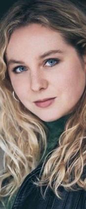 Esme Seber (Actress: Robin)