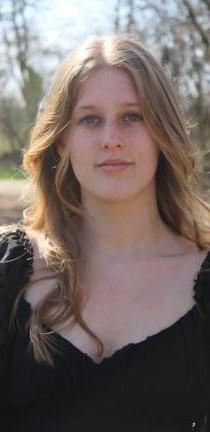 Anna De Vries (Line Producer)